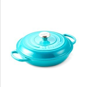 Le Creuset 2.25 quart Caribbean blue pan and lid